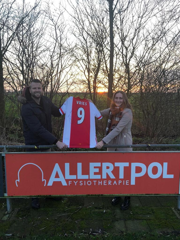Ajax-shirt-vvo-Anneke